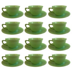 Terrific Set of Jadeite - Fire King Anchor Hocking 12 Cup 14 Saucer Set Magnific