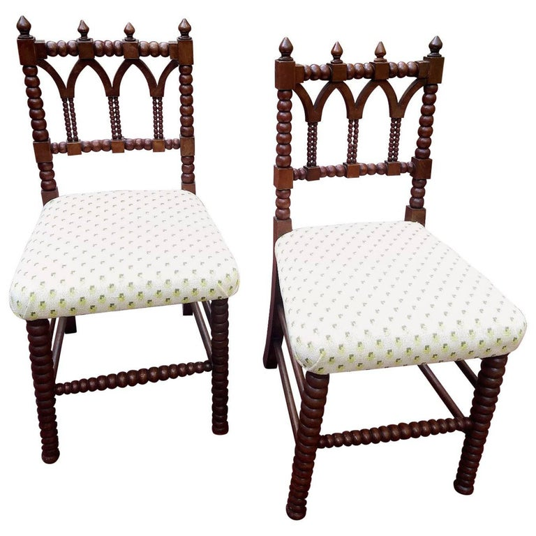 Handsome Pair of Gothic Revival Hall Chairs, circa 1840 1