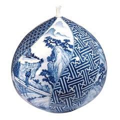 Large Japanese Hand-Painted Imari Decorative Porcelain Vase by Master Artist