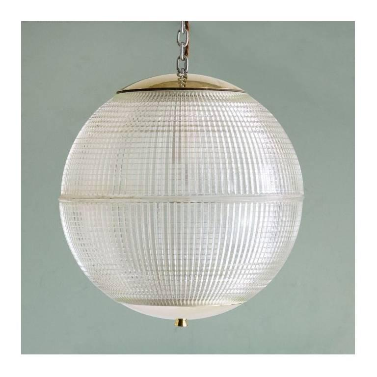 "French ball globe, second edition. Handpicked by buyers at Ann-Morris Inc. Measures: 15.75""."