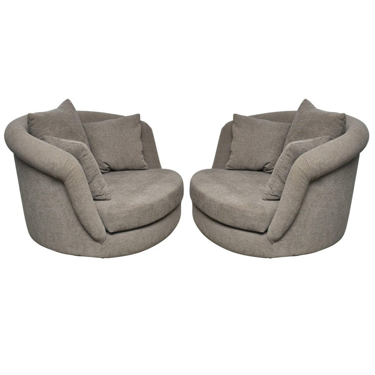 Pair of Large Milo Baughman Swivel Chairs For Sale