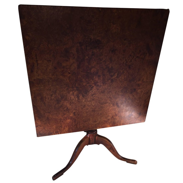 Early 19th Century Biedermeier Tiger Maple Tilt-Top Table For Sale