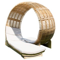 Loopita, Contemporary Outdoor Chaise Lounge for Two