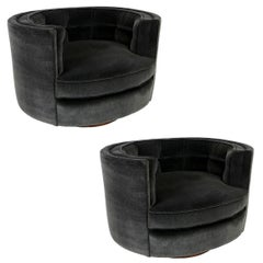 Pair of Oval Swivel Lounge Chairs with Walnut Swivel Bases by Milo Baughman