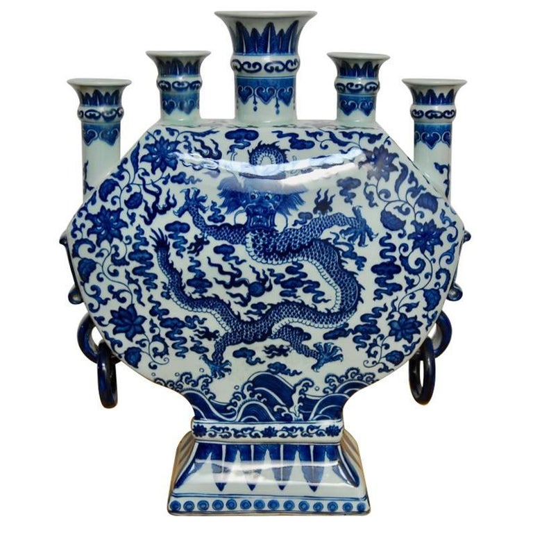 Chinese Blue and White Porcelain Dragon Bud Vase Tulipiere