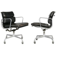 Charles Eames for Herman Miller Black Soft Pad Management Chairs, circa 1980