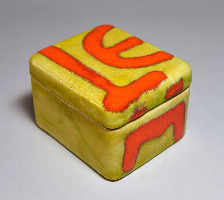 Ceramic Box by Guido Gambone In Excellent Condition For Sale In Los Angeles, CA