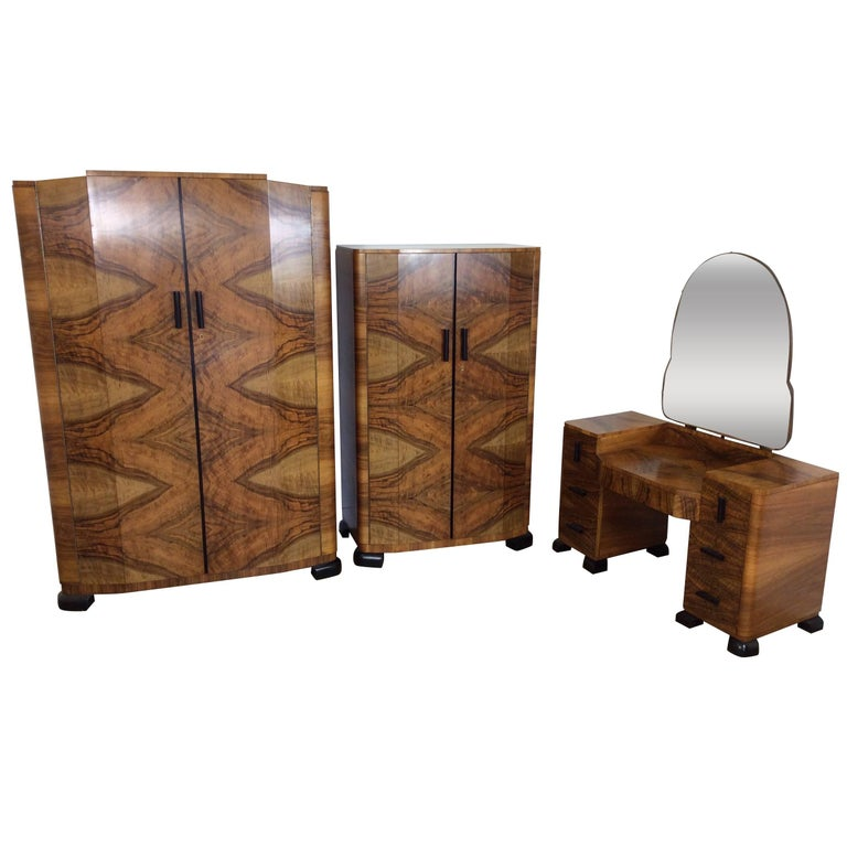 American Art Deco, 8-piece Bedroom Suite In Burled Maple