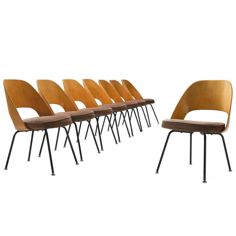 Set of Eight Eero Saarinen for Knoll Dining Chairs For