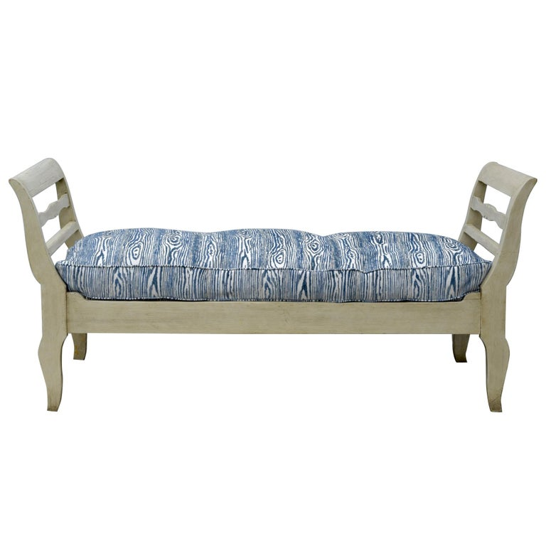 19th Century French Provincial Daybed in Dove Gray Paint