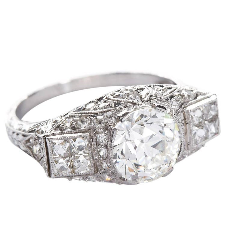Art Deco 2.25 Carat Old European Cut Diamond Platinum Ring For Sale