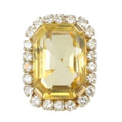 1960s 22.85 Carat Citrine 2.65 Carat Diamond 18 Carat Gold Ring