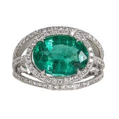 Contemporary Green Emerald Diamond Gold Ring