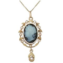 Hardstone and Seed Pearl, 18k Yellow Gold Cameo Pendant - Antique Circa 1880