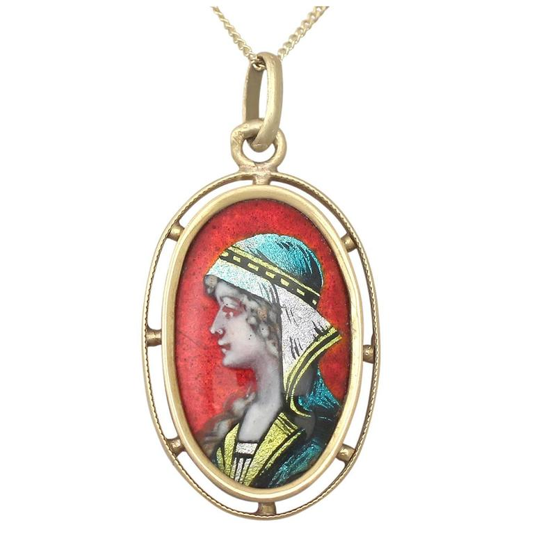 Enamel and 18k Yellow Gold Pendant - Antique French Circa 1900