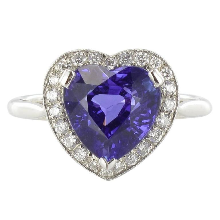 Heart Shaped Tanzanite Diamond Gold Ring For Sale