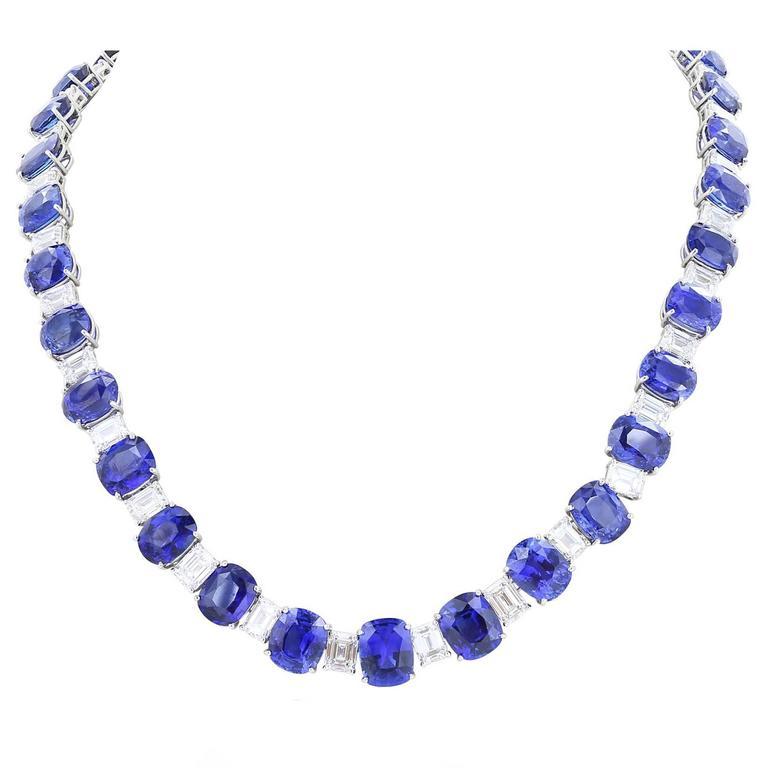 116.35 Carat Ceylon Sapphires 24.27 Carat Diamonds Flexible Platinum Necklace For Sale