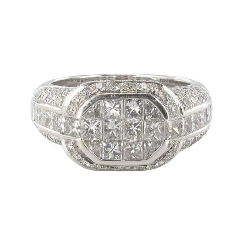 Modern Invisible Setting 2 Carats Princess and Brillant Cut Diamond Ring