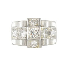 1930s Splendid French Art Deco Diamond Platinum Ring