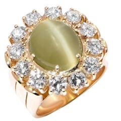 Gubelin 4 Carat Cats Eye and Diamond 18 Karat Yellow Gold Lady's Ring