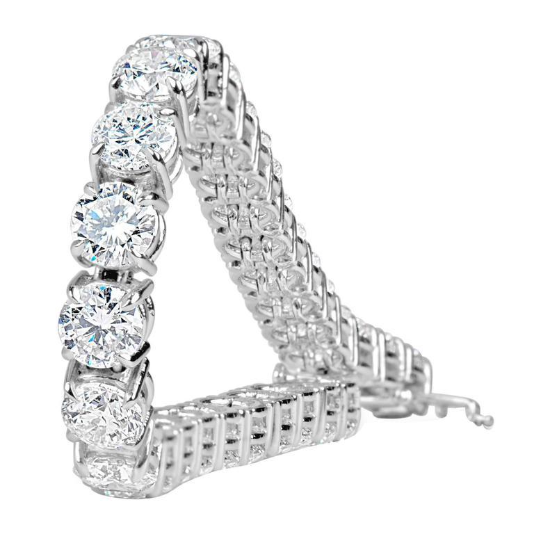 8.00 Carat Diamonds Tennis Bracelet For Sale