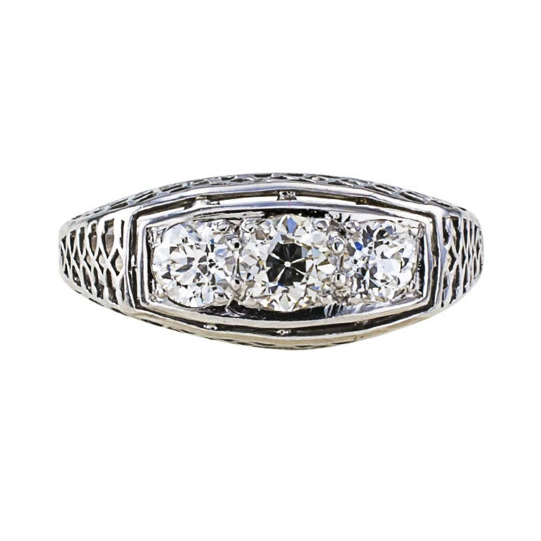 Old European Cut 1920s Art Deco Three-Stone Diamond White Gold Engagement Ring For Sale