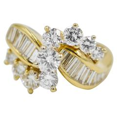 Kurt Wayne Round Brilliant and Baguette Cut Diamond Gold Ring