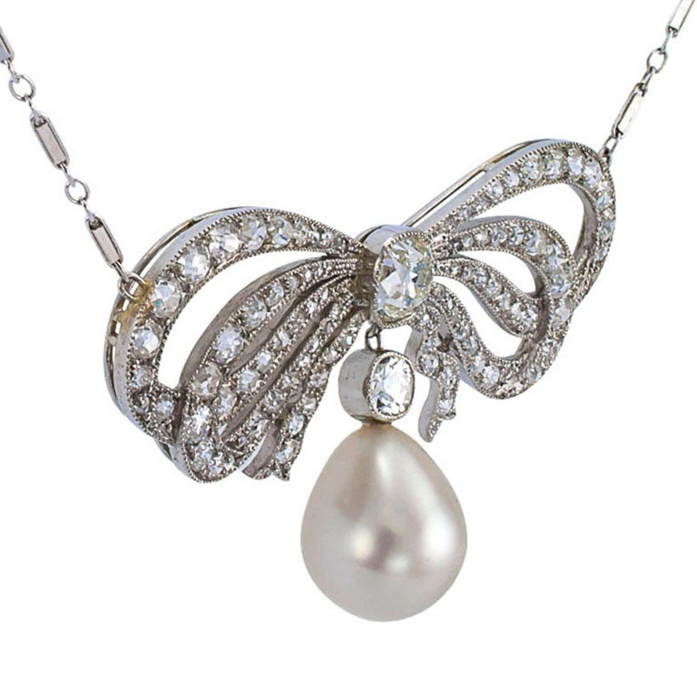 Edwardian South Sea Pearl Diamond Gold Bow Necklace For Sale 1