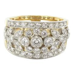 New French Floral Motif Diamond Gold Band Ring