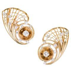 Retro Diamond Gold Fan Earrings