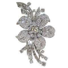 1920s Van Cleef & Arpels Diamond Platinum Flower Petal Motif Brooch