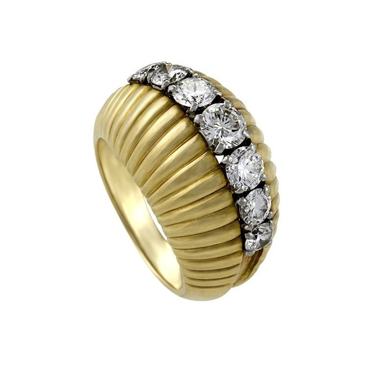 Van Cleef & Arpels Paris 1960s Diamond Gold Bombe Ring