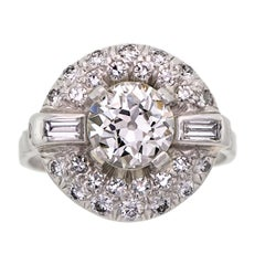 Striking Art Deco Diamond and Platinum Ring Engagement Ring