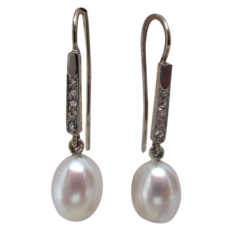 Edwardian Platinum 18 Karat Gold Earrings with Rose Cut Diamonds and Pearls