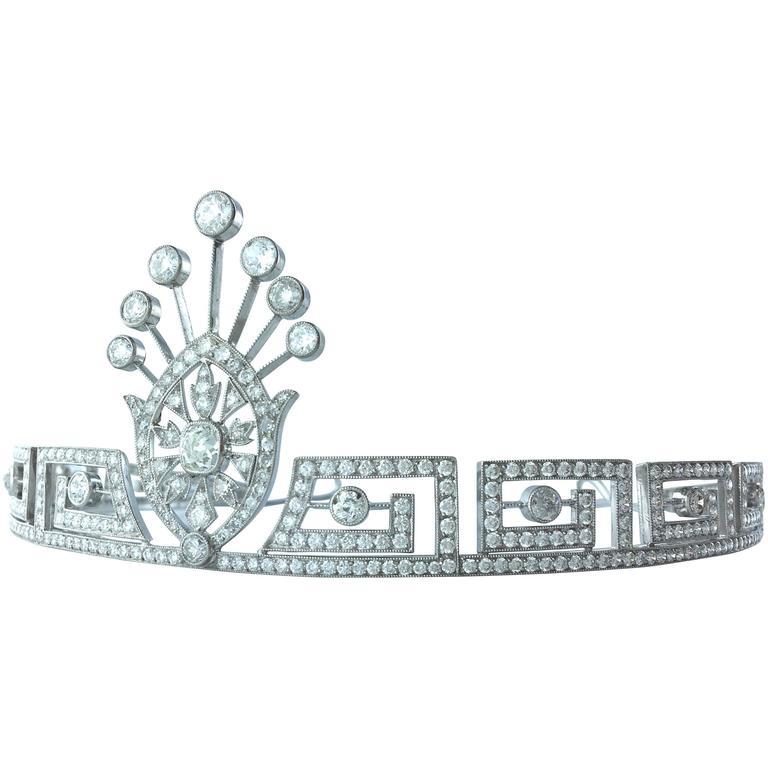 Greek Key Pattern Center Medallion Diamond Tiara