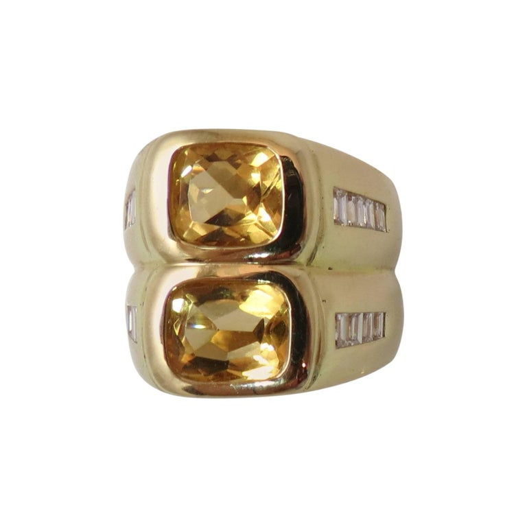 Contemporary 18K Yellow Gold and Citrine Diamond Ring
