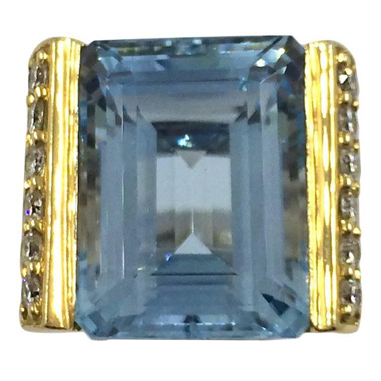 10.71 Carat Aquamarine Diamonds Gold Ring