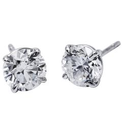 1.41 Carats brilliant four Prong Diamond Earrings