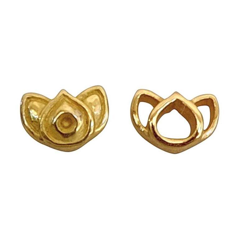 Luca Jouel Yellow Gold Mismatching Lotus Stud Earrings