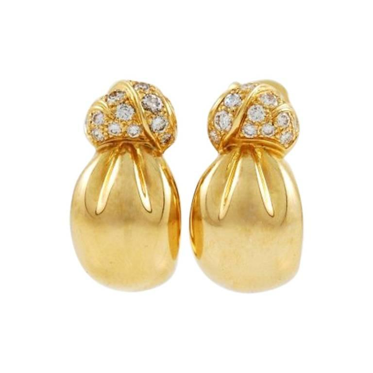 Van Cleef & Arpels Yellow Gold and Diamond Earrings 1