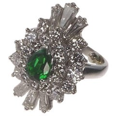 Tsavorite and Diamond Platinum Ringdant