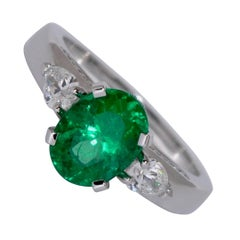 Emerald and Diamonds White Gold Ring