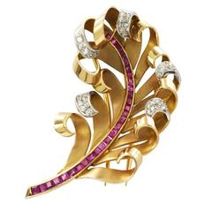 14K 1940s Ruby Diamond Gold Feather Brooch