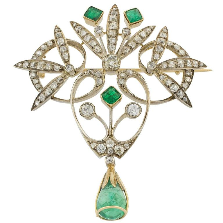 Early 20th Century Emeralds Diamonds Brooch