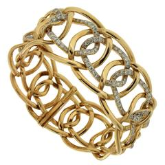 Interlocking Oval Diamond Gold Link Bracelet