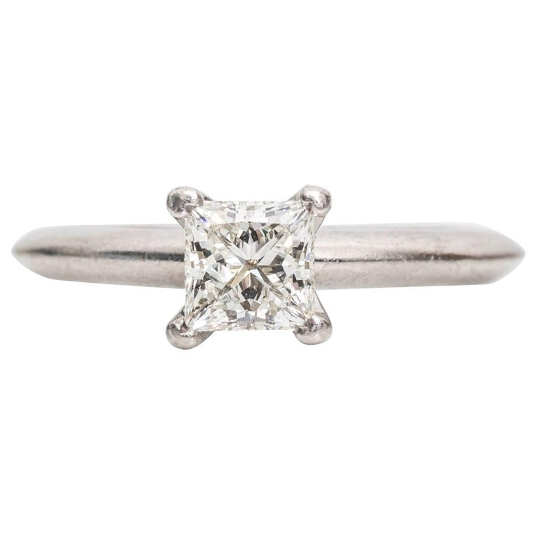 Tiffany & Co. Classic diamond Platinum Solitaire Engagement Ring