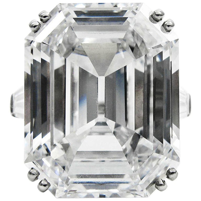 Harry Winston Magnificent 22.91 ct GIA Cert. D Color Flawless emerald cut ring For Sale