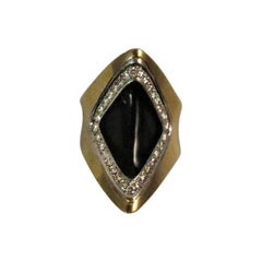 18 Karat Yellow Gold Diamond and Black Onyx Ring