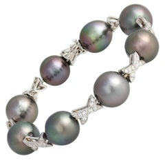 Ella Gafter Black Tahitian Pearl and Diamond Bracelet