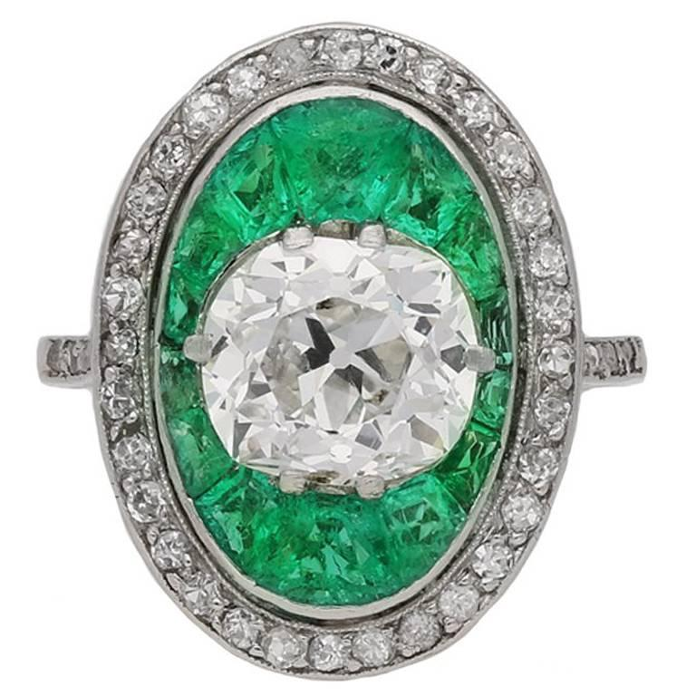 Antique Old Mine Cut Diamond and Emerald Ring, corca 1920